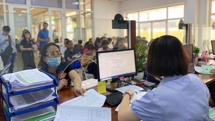 Người nước ngoài làm việc tại Việt Nam cần phải thực hiện đầy đủ thủ tục mà nhà nước quy định